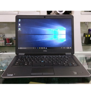 "Dell Latitude E7440 Intel Core i5 4th Generation 4GB RAM 500GB HDD 14""  HD Display Laptop"