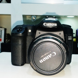 Canon DS126171 EOS 40D 10.1MP Digital SLR Camera With 24-85mm Canon Zoom Lens